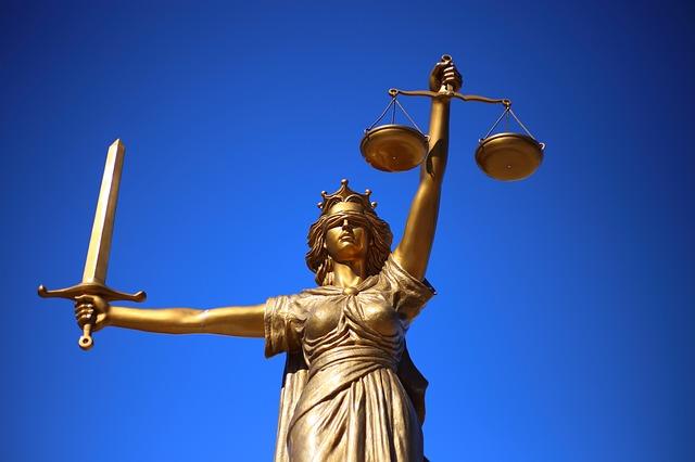 Justicia patriarcal, feminismo, la manada
