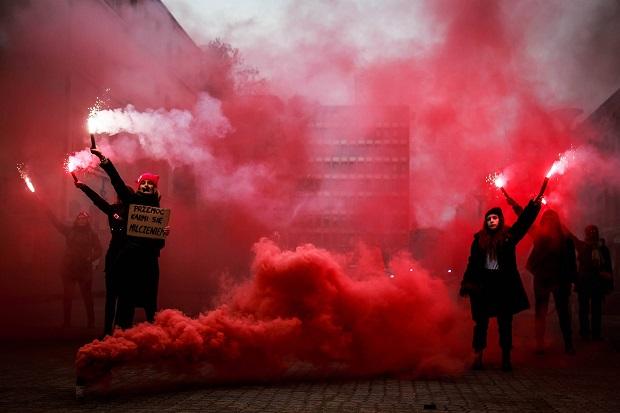polonia, manifestacion, 8 de marzo, dia de la mujer, trans,