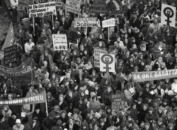 feminismo, mujeres en lucha, mujeres, igualdad salarial, derechos, islandia, dia libre de las mujeres, viernes largo, hombres, huelga feminista